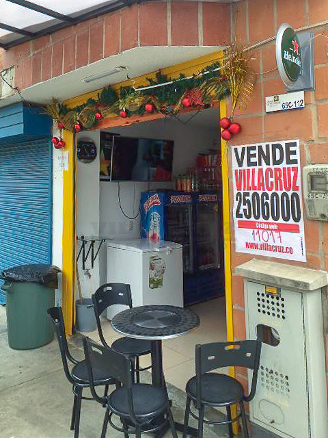 Venta ROBLEDO Local